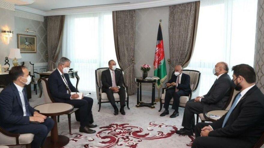 Çavuşoğlu, Afganistan Cumhurbaşkanı Gani ile bir araya geldi