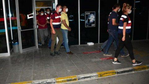 İzmir merkezli FETÖ operasyonunda 76 şüpheli tutuklandı
