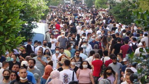 Taksim'de korkutan kalabalık