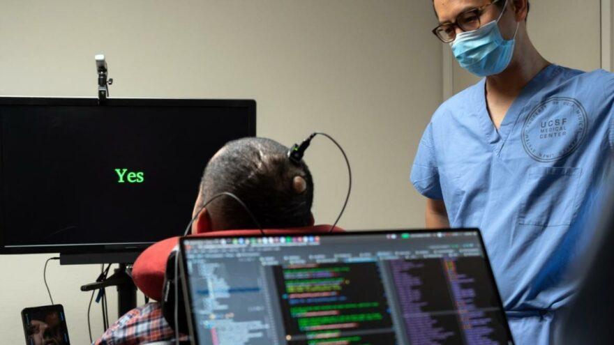 Felç hastasına 18 yıl sonra mucize gibi yöntem: Beynine yerleştirilen elektrotlarla yeniden konuştu