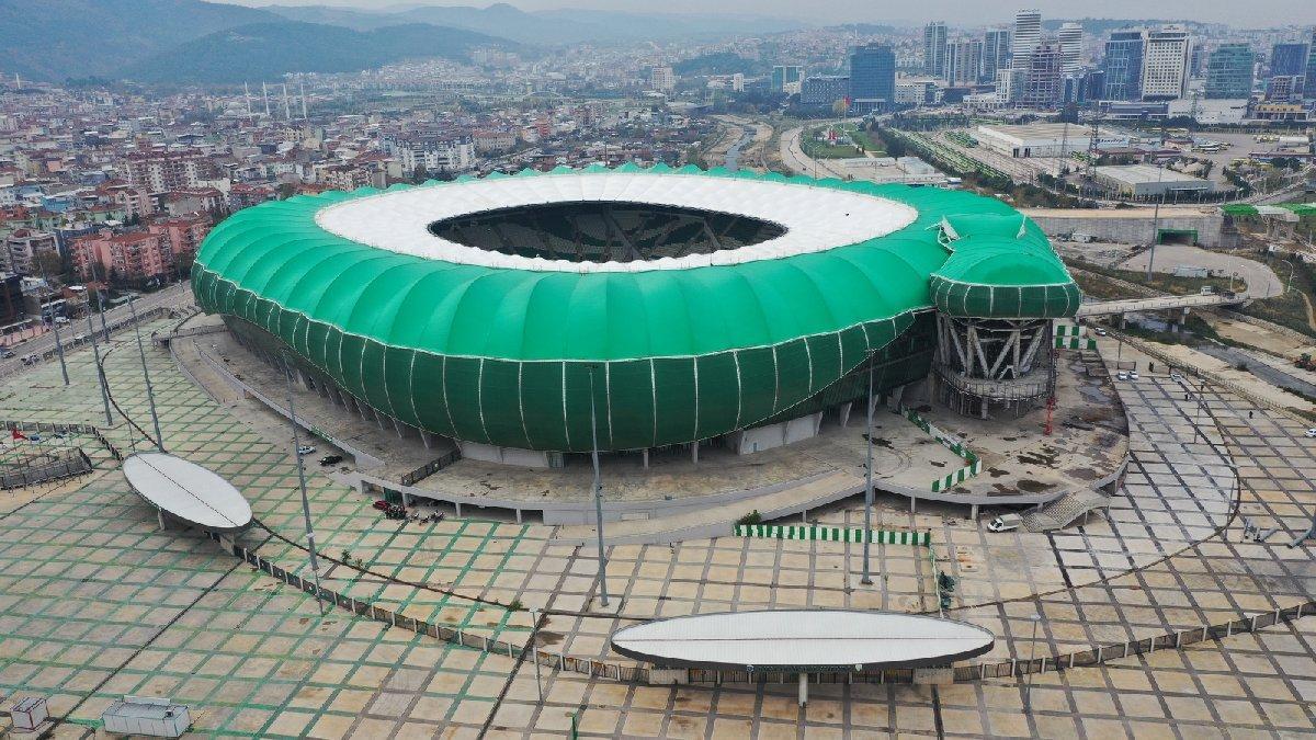 Timsah Arena'nın Gençlik ve Spor Müdürlüğü'ne devredildi iddiası Bursaspor'u ayağa kaldırdı