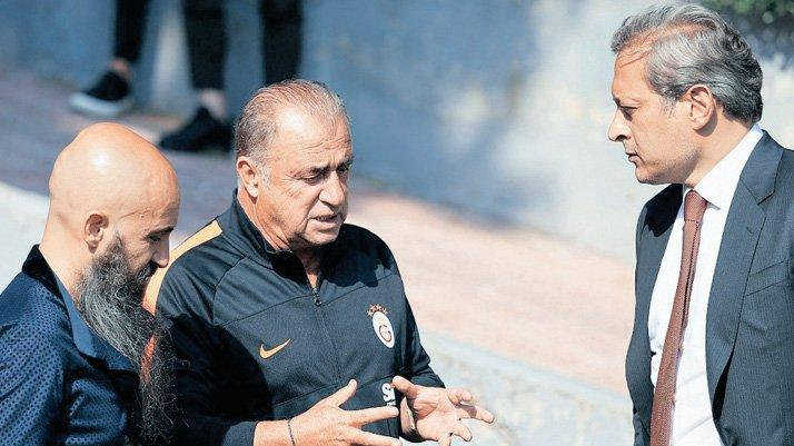 Galatasaray'da Fatih Terim yöneticilerle buluştu... Panik transfer yok hata yok