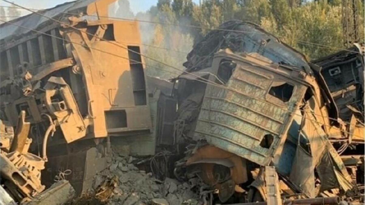 Rusya'da iki yük treni çarpıştı