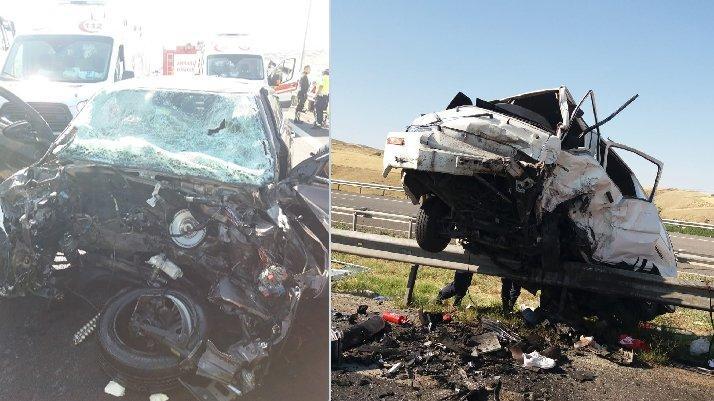 Bayram öncesi feci kaza: 17 yaralı