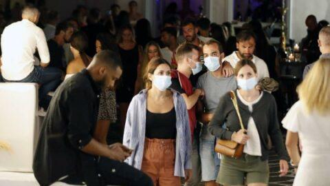 Mikonos turizmde kepenk indirdi: Yüz binlerce rezervasyon iptal edildi