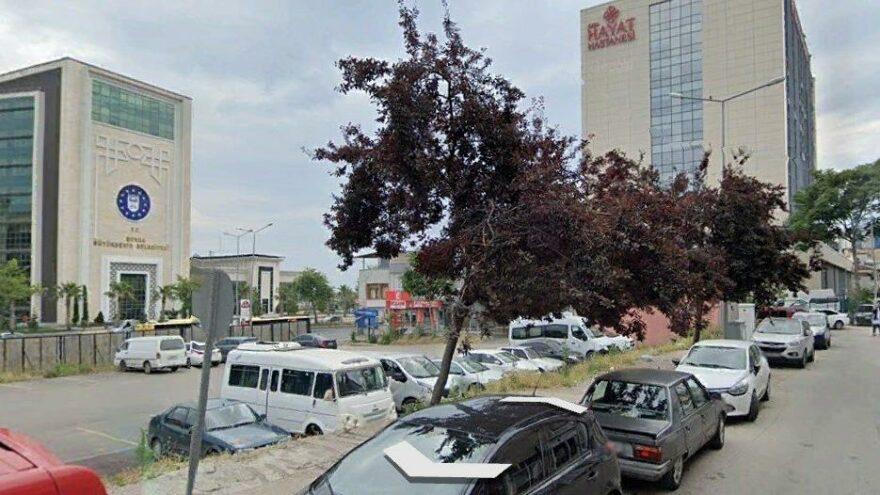 AKP'li belediye kültür merkezini yıkıp otopark yaptı