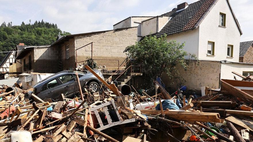 Almanya'da sel felaketinde ölü sayısı artıyor