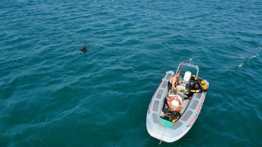 Samatya'da denizde kaybolan genci arama çalışması sürüyor