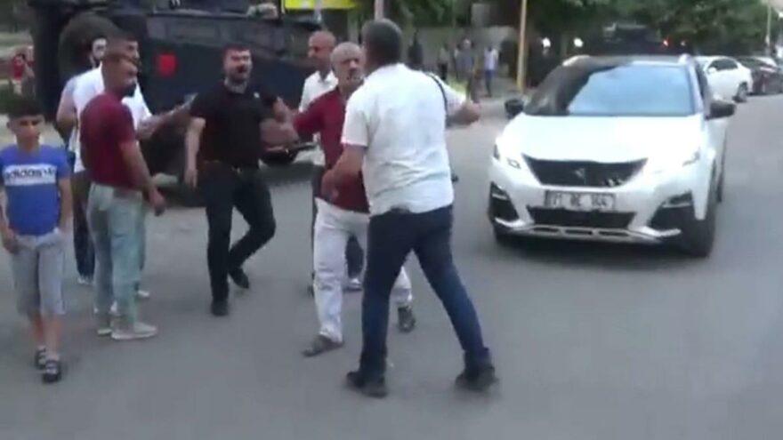 Haber takibi yapan gazetecilere saldırı