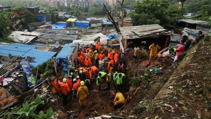Hindistan'da toprak kayması: 25 ölü
