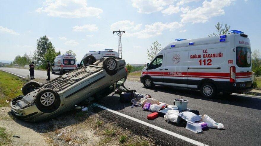 'Baba dikkat et' dedi, araç saniyeler sonra taklalar attı