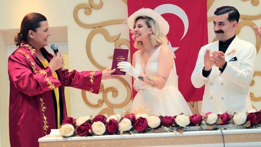 İzmit'te nikah sayısında 18 yılın rekoru kırıldı