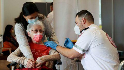 İsrail'de endişe verici çalışma: Aşının etkinliği 50 yaş ve üzerinde düştü
