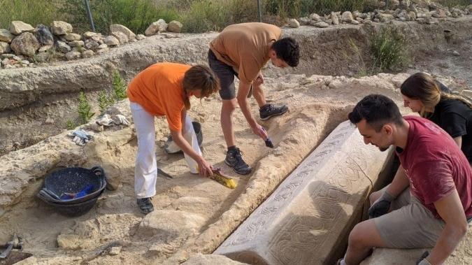 Güney İspanya'da 1500 yıllık lahit bulundu