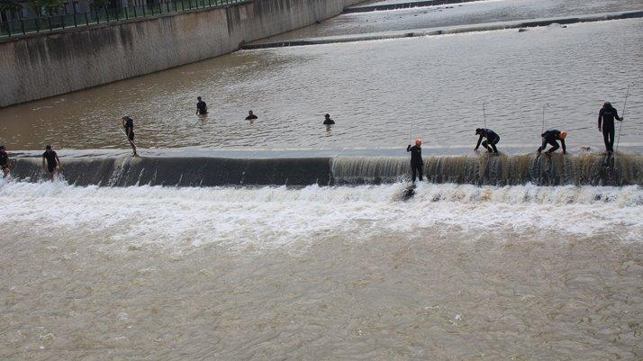 Rize'de kayıp iki kişi aranıyor... 2 bin 860 kişi sel için seferber