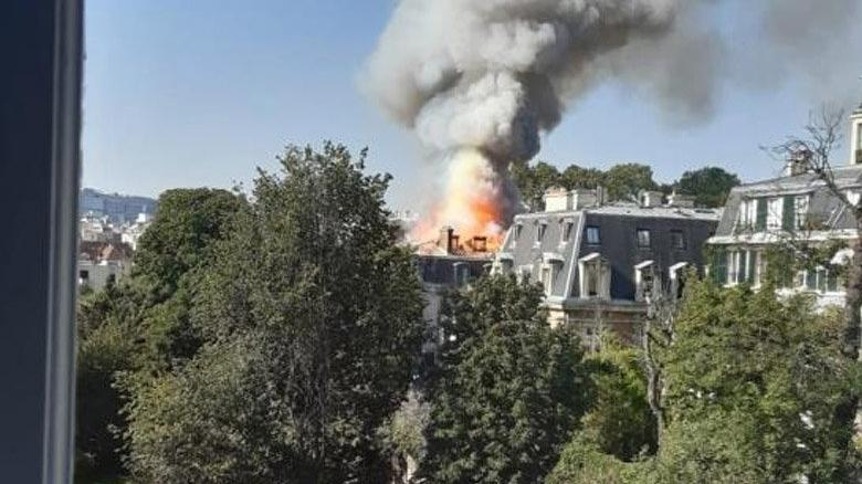Fransa Başbakanı Castex'in konutu yakınında yangın
