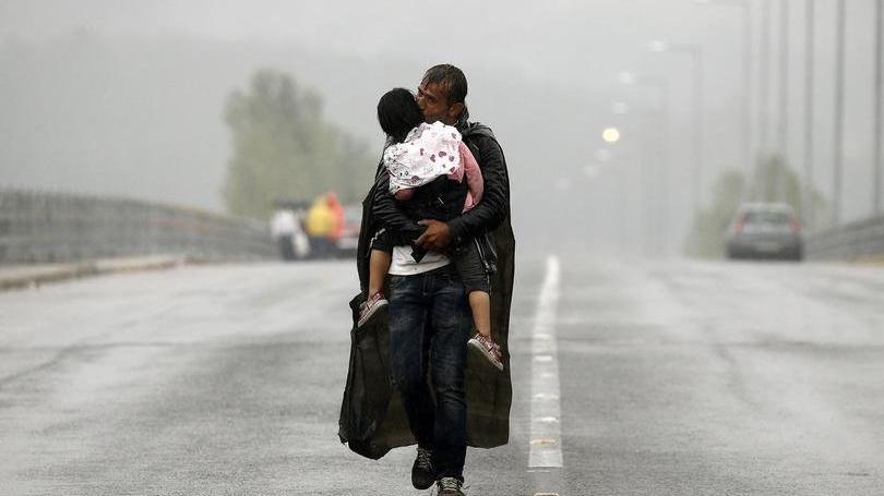 İngiltere duyurdu: Rekor sayıda göçmen...