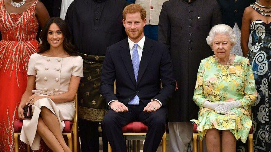 Prens Harry'den Kraliyet ailesine bir şok daha… 20 milyon dolarlık kitap anlaşması: Her şeyi anlatacak
