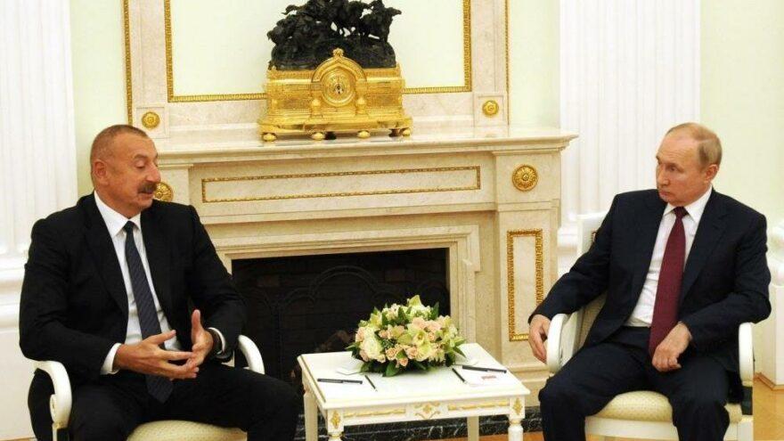 Azerbaycan Cumhurbaşkanı Aliyev, Putin ile bir araya geldi
