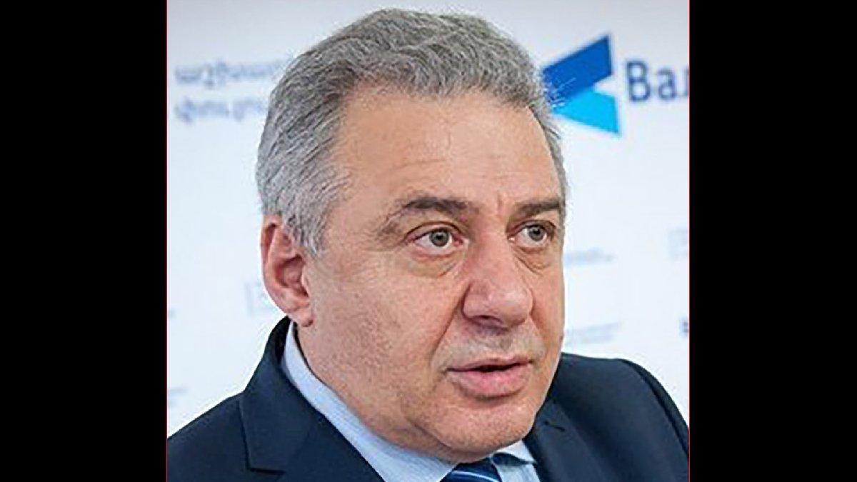 Ermenistan Savunma Bakanı Harutyunyan istifa etti