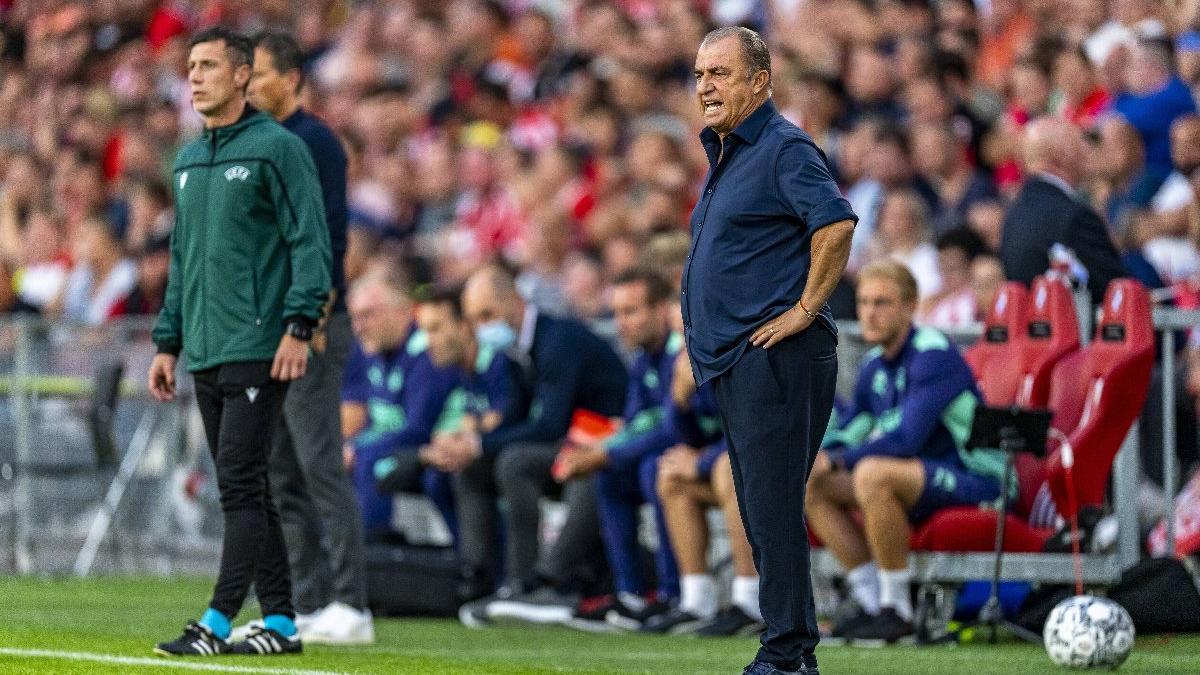 PSV maçı sonrası konuşan Fatih Terim'den o soruya tepki: 'Siz mi merak ettiniz?'