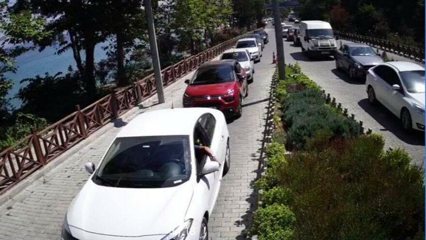 Milli Park yoğunluk nedeniyle kapılarını kapattı