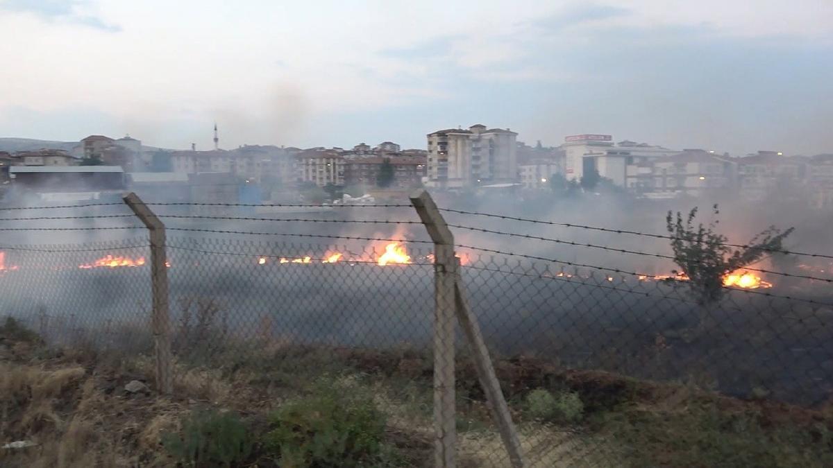 MKE arazinde yangın