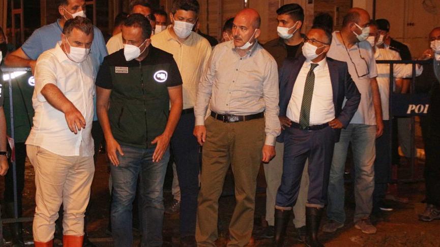 Bakan Soylu: Rize'de selden kaynaklı riskli evler tahliye edildi