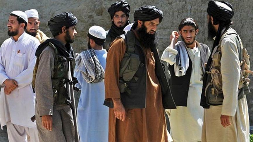 Afganistan'da kritik gelişme: Taliban 200'den fazla ilçe merkezini ele geçirdi
