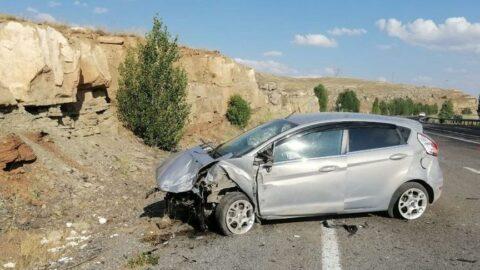 Sivas'ta kaza! Savcı yaralandı, annesi öldü