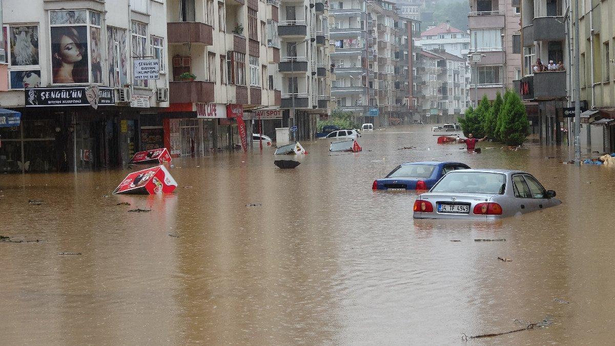 Şiddetli yağış Artvin'i de vurdu