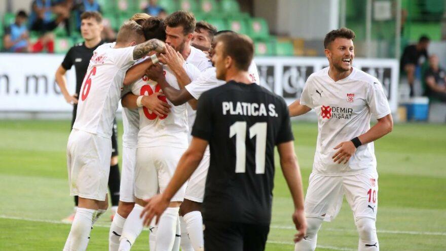 Sivasspor Petrocub'u deplasmanda yendi avantajı kaptı   Avrupa Konferans Ligi