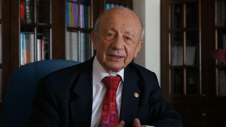 Milli Savunma eski Bakanı Hikmet Sami Türk sordu: Türkiye'de şeriat devleti mi isteniyor?