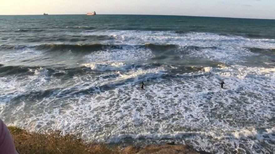 3 kişiyi kurtarmak isterken denizde kayboldu, acı haber geldi