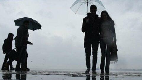 Sağanak yağışın etkili olduğu İstanbul'a Meteoroloji'den bir uyarı daha