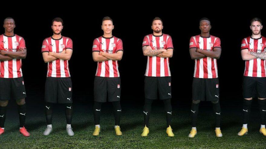 Sivasspor'da altı futbolcuyla yollar ayrıldı