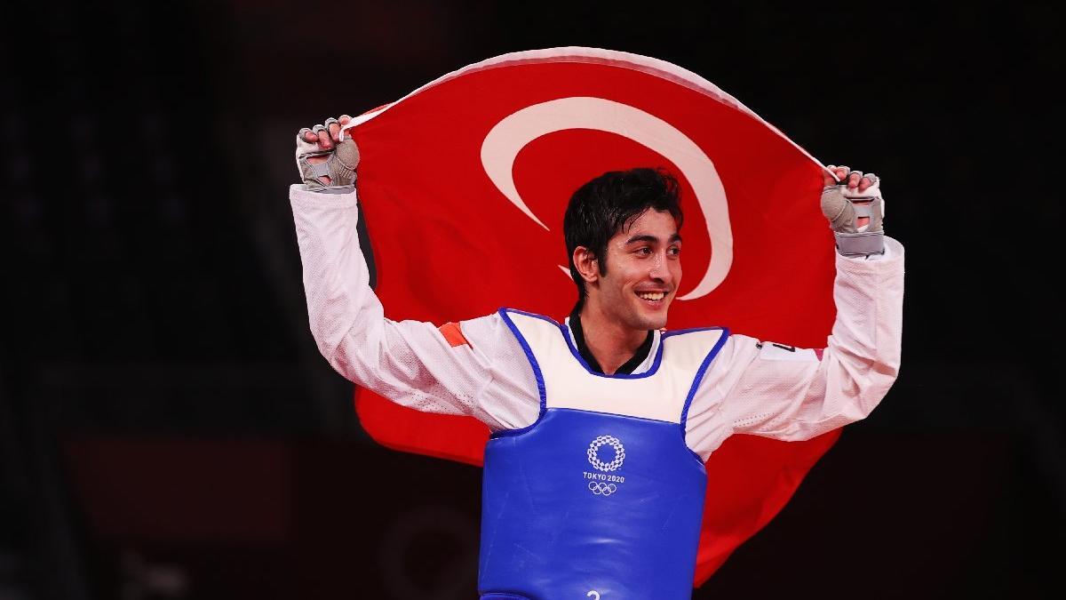 Türkiye, Tokyo'daki ilk madalyasını milli tekvandocu Hakan Reçber ile kazandı