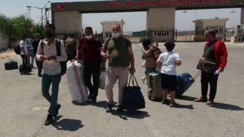 Bayramı ülkelerinde kutlayan Suriyelilerin dönüşü başladı