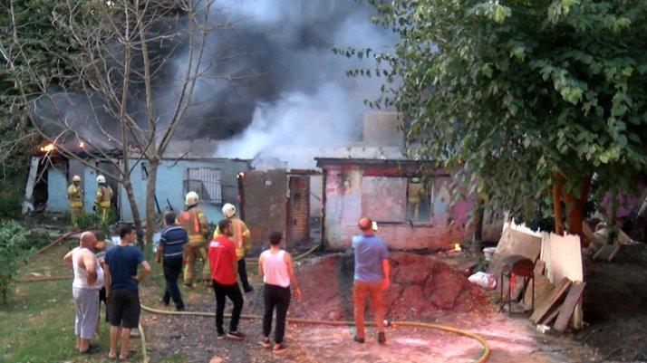 İstanbul'da korkunç iddia... Alev alev yandı