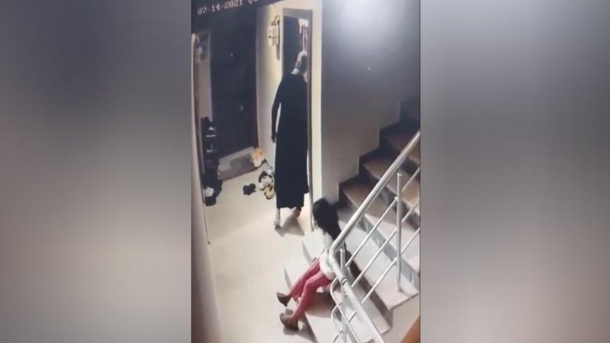 Kızına gözcülük yaptırıp, çelik kapıları 30 saniyede açarak hırsızlık yaptı