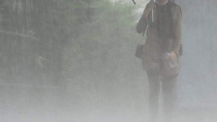 Aşırı yağışlar öncesi belediyeden uyarı: O bölgeleri terk edin