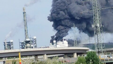 Almanya'da fabrika patlamasının bilançosu netleşiyor