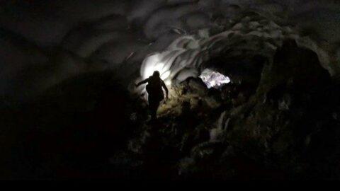 Uludağ'da dağcılar 50 metrelik buz tüneli buldu: Böyle bir oluşuma ilk kez şahit oluyoruz
