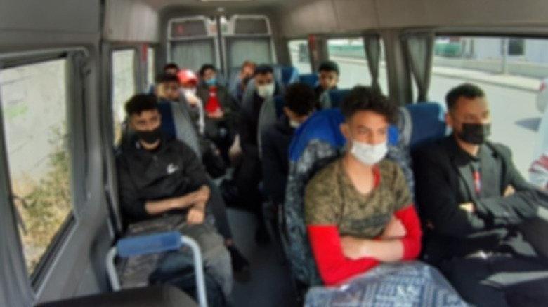 İstanbul'da 415 kaçak göçmen daha yakalandı
