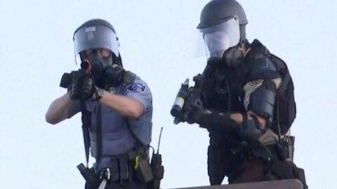ABD'de bir polis şiddeti skandalı daha