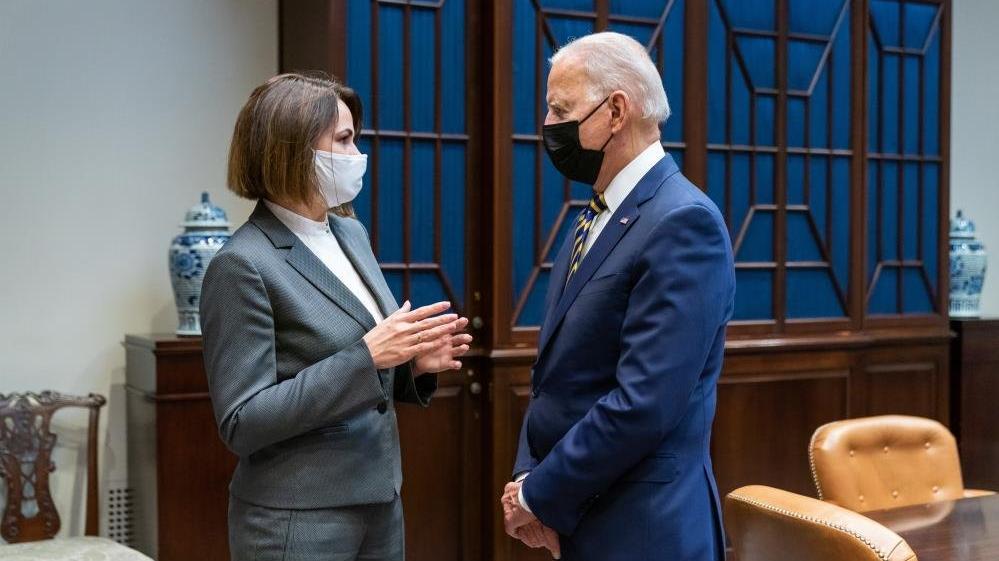 Biden, Belaruslu muhalif lider Tikhanovskaya ile görüştü