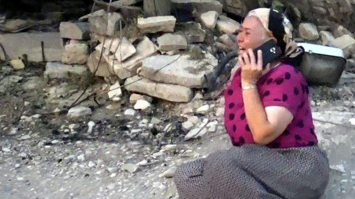 Antalya'da evi yanan kadından yürek burkan feryat: Böyle acı mı olur Allah'ım?
