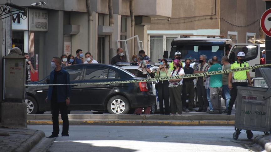 Polisleri tüfekle vurmakla tehdit etti, 3 saatin sonunda gözaltına alındı