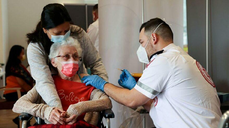 CDC'den Delta varyantı uyarısı: Aşı olanlar da bulaştırabiliyor
