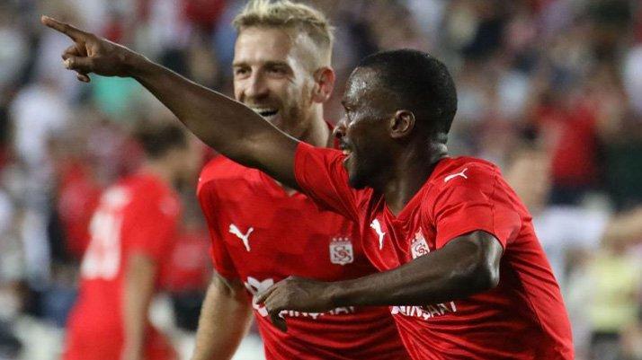 Sivasspor yoluna devam ediyor! Petrocub'ı mağlup etti ve turladı (UEFA Konferans Ligi)